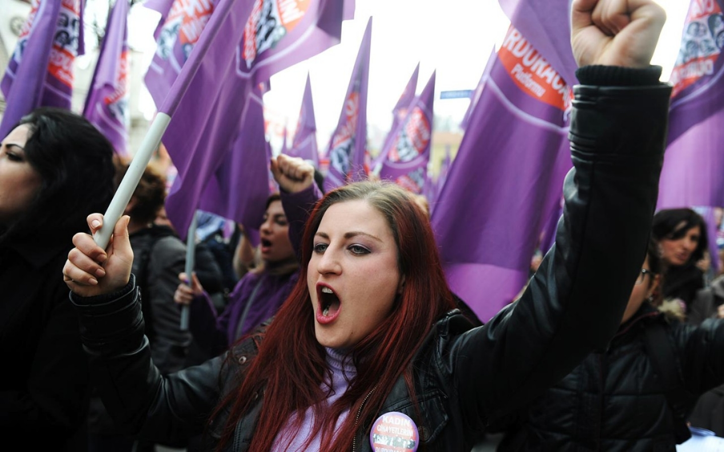 headlineImage.adapt.1460.high.turkish_women_protest2.1412181593222