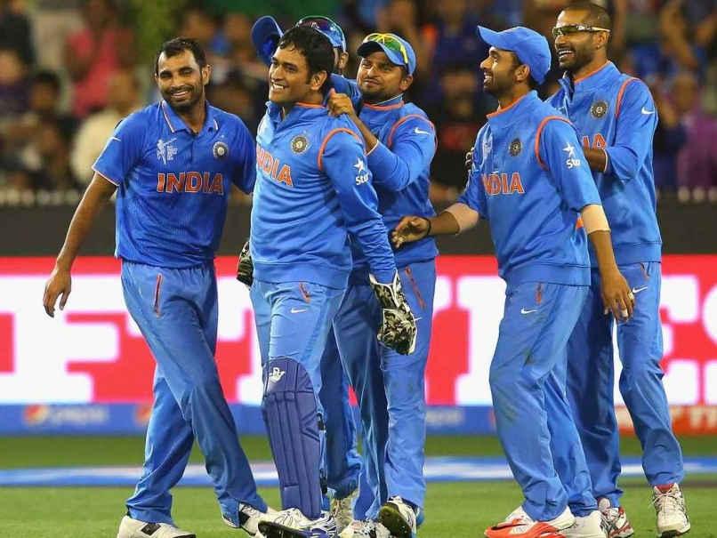 ms-dhoni-team-india-mcg-15